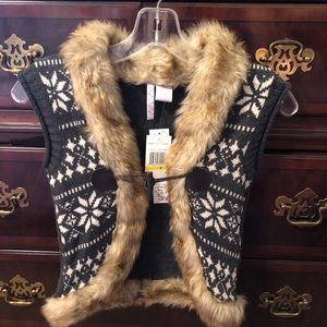 Faux Fur Winter Vest STILL HAS TAG